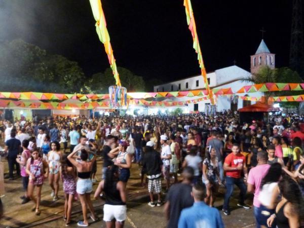 Está acontecendo o carnaval de Monte Alegre do PI