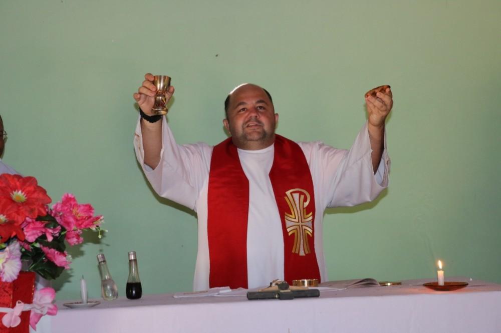 Missa e café da manhã encerram Festejos de São Pedro no Largos