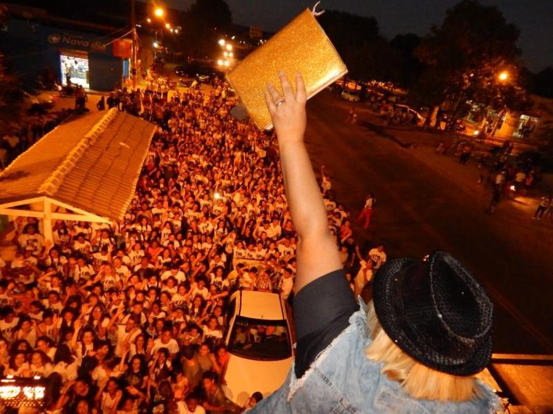 II Marcha Para Jesus reúne multidão em Cristino Castro