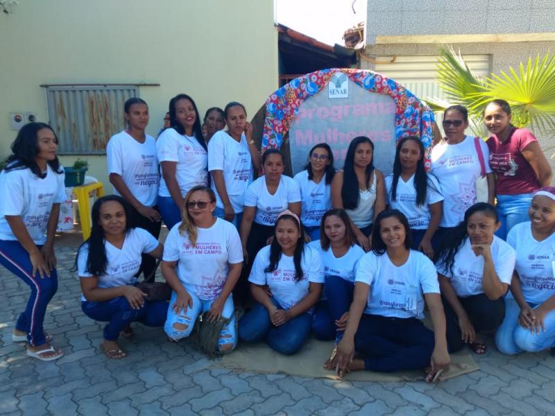 I Feira do 'Mulheres em Campo' é realizada em Júlio Borges