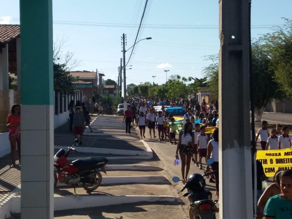 Fotos: Veja como foi o 7 de Setembro em Colônia do Gurgueia