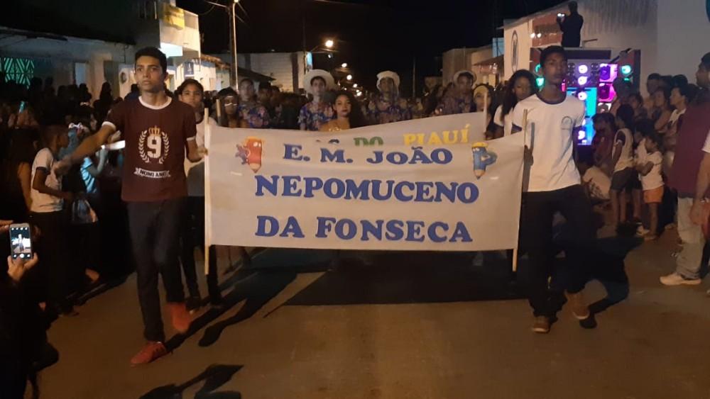 7 de Setembro: Veja como foi o Desfile Cívico em Santa Luz