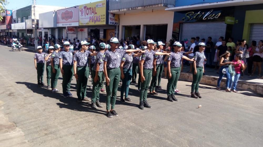 Pelotão Mirim de Alvorada participa do Desfile Cívico em Bom Jesus