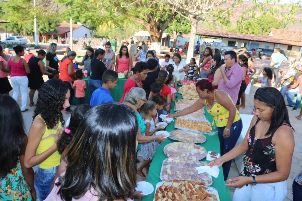 Café da manhã na abertura dos Festejos do Para Batins
