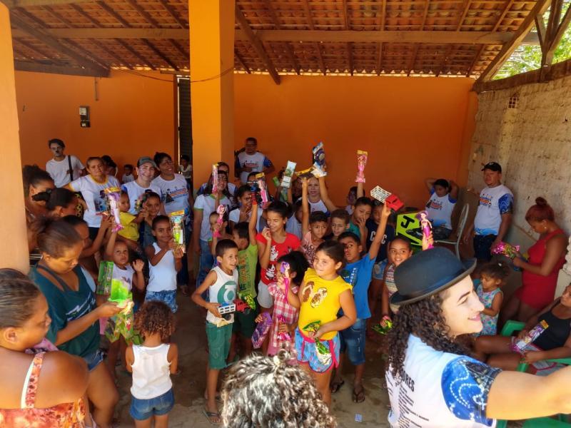 Campanha N. Sr.ª Aparecida distribui brinquedos na zona rural de Bom Jesus