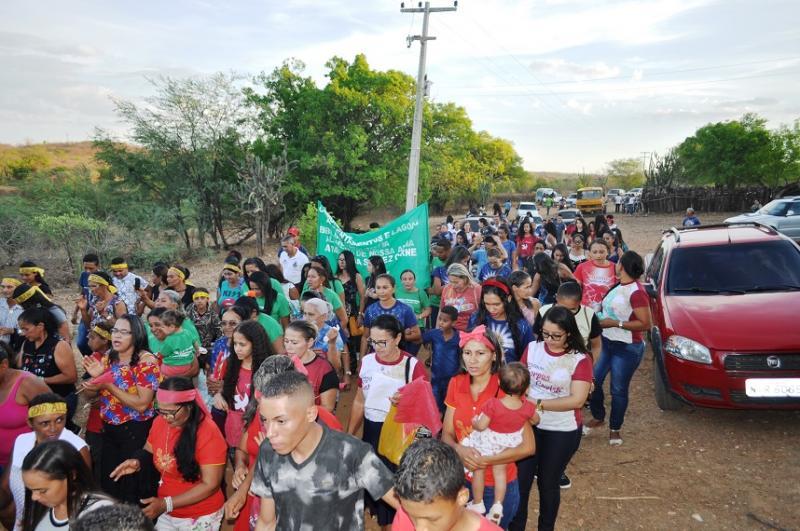 Igreja Católica de Avelino Lopes realiza caminhada na zona rural