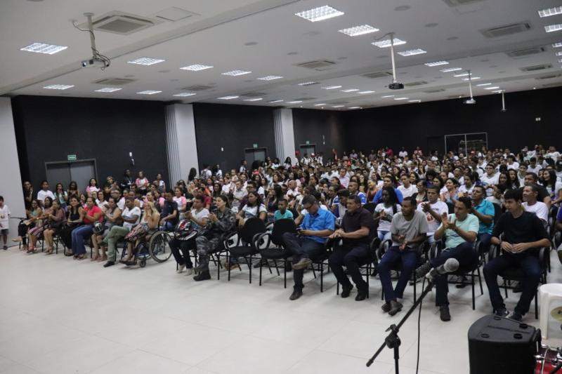 CT Restitui realiza II Fórum Sobre Drogas em Bom Jesus