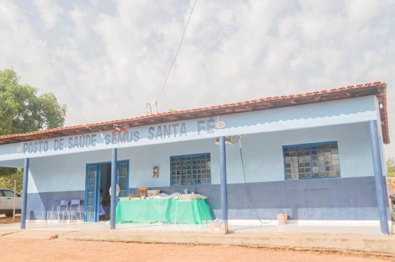 Dr. Carlos Braga entrega Unidade de Saúde ao povoado Santa Fé