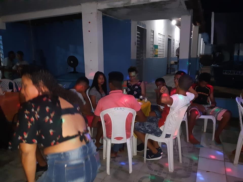 Confraternização com alunos do Servido de Convivência em Parnaguá