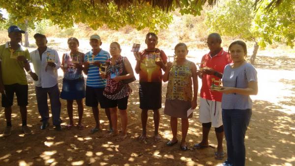 Idosos da zona rural participam de oficinas em Redenção