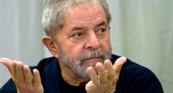 Tribunal nega pedido de Lula para votar nas eleições deste ano