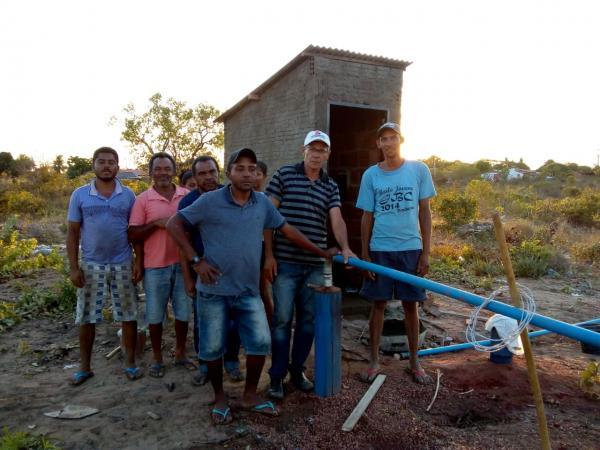 Vereador Dimas Rosa, inaugura poço no bairro Vila Nova