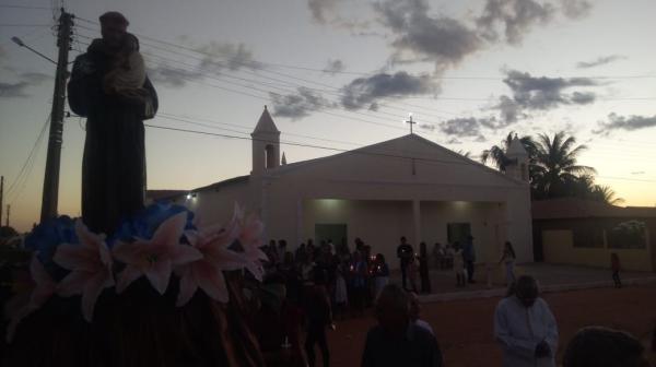 Procissão encerrou os festejos de Bairro em Gilbués