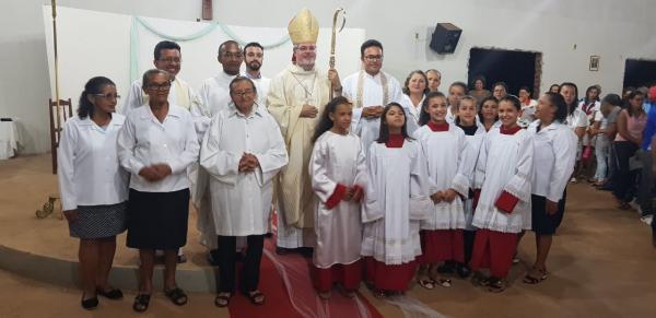 Missa de posse de Pe. Cleonilson marca sua chegada em Sebastião Barros – PI.