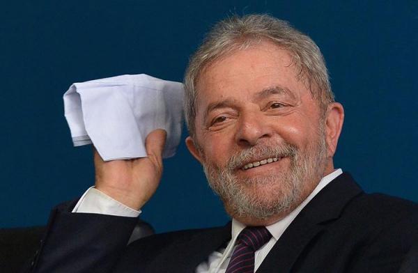 Preso, Lula comentará Copa do Mundo com José Trajano