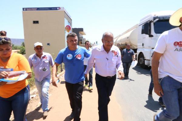 Dr. Pessoa vê de perto precariedade de estradas do Morro Cabeça no Tempo.