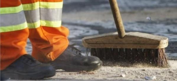 Funcionários da limpeza pública estão sem receber em Morro Cabeça no Tempo