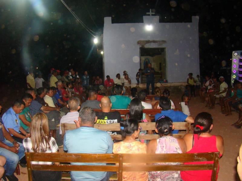 Dr. Macaxeira participa de reunião na comunidade barracão