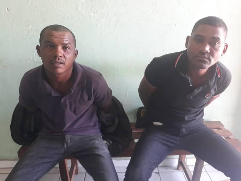 Monte Alegre: PM detém dois suspeitos portando arma de fogo