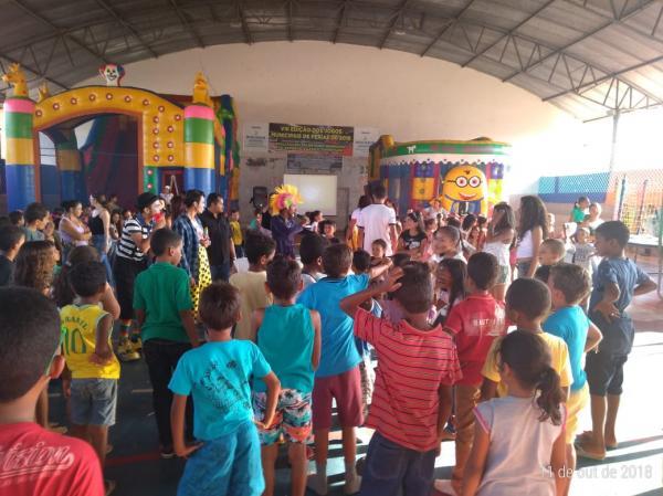 Escola Tio Patinhas festeja 'Dia das Crianças' em Bom Jesus