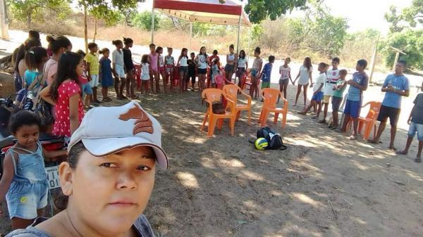 Assistência Social presenteia crianças com dia de lazer em Redenção
