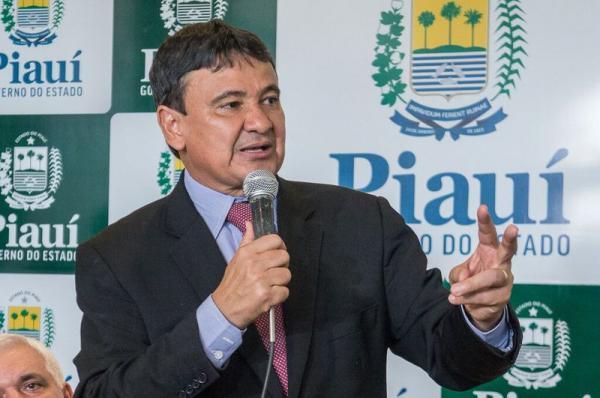 Wellington Dias garante continuidade das obras na BR-135