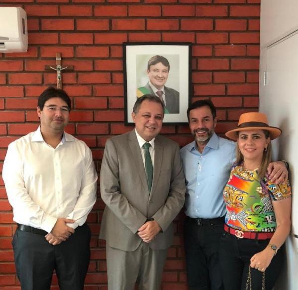 Secretário Estadual de Saúde Florentino recebe Dr.Cláudio Máximo Guerra