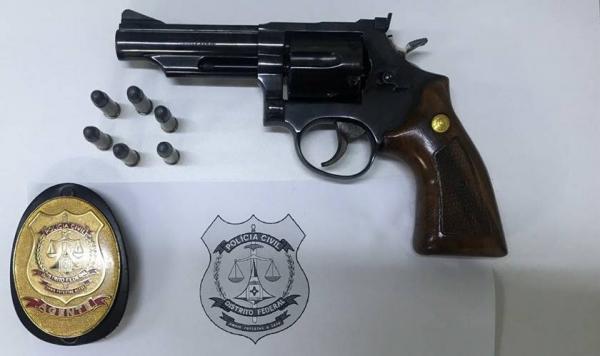 Mulher de Parnaguá é presa no DF por porte ilegal de arma