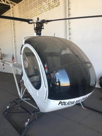 Helicóptero da PM avaliado em R$ 500 mil está virando sucata no Piauí