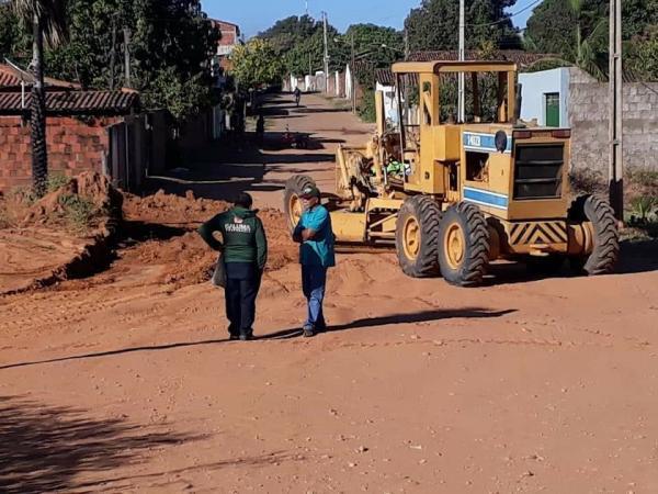 Prefeitura de Curimatá inicia obras de pavimentação em ruas do Município