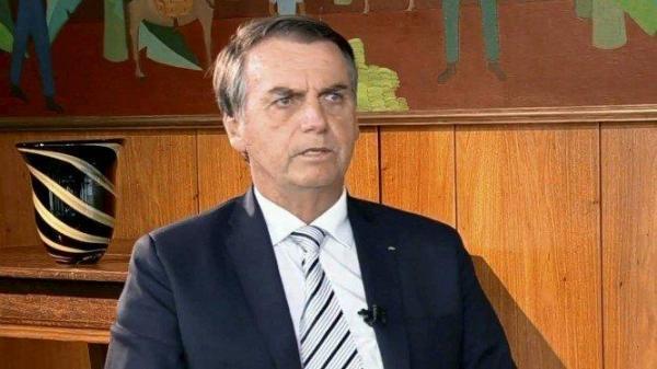 Bolsonaro defende aposentadoria aos 62 anos para homens e 57 para mulheres