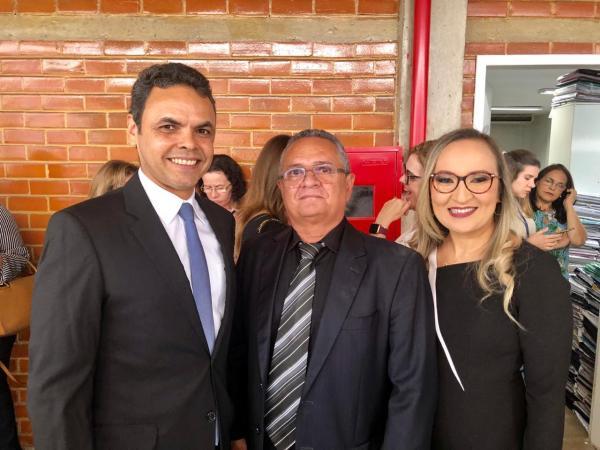 Luís Martins participa da posse do desembargador Sebastião Ribeiro Martins