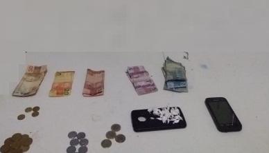 Homem é preso com drogas em Avelino Lopes
