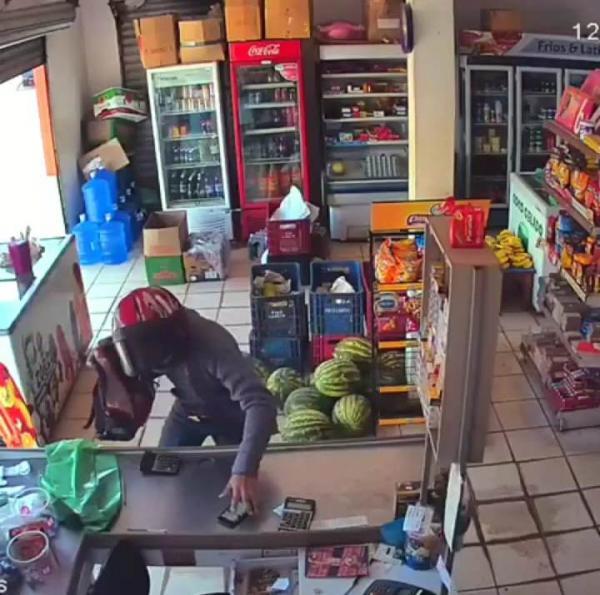 Força Tática prende assaltante na cidade de Avelino Lopes