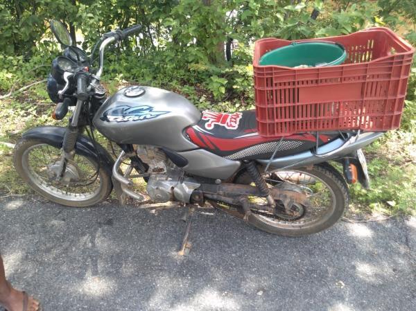 PM recupera moto roubada na PI 255 saída para Avelino Lopes