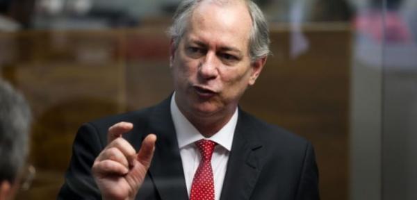 PSB decide apoiar pré-candidatura de Ciro Gomes à Presidência