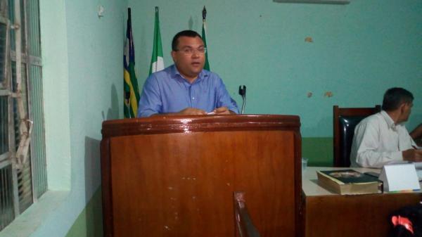 Dr. Macaxeira presta contas na abertura do ano legislativo