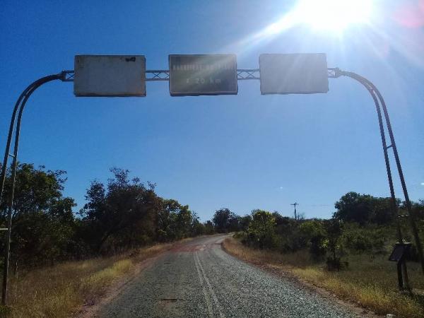 Deputado pede recuperação da estrada de Barreiras do PI
