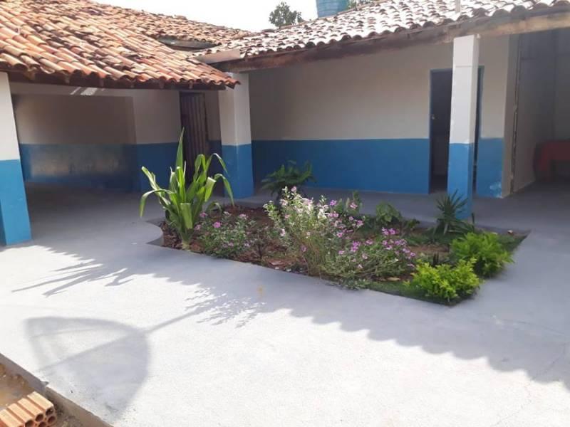Prefeitura de Redenção reforma escola na zona rural