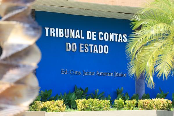Contas do ex-prefeito Valmir Falcão são reprovadas pelo TCE-PI