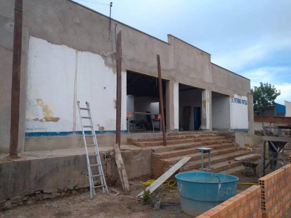 Palmeira: Escola do São Francisco está sendo reformada