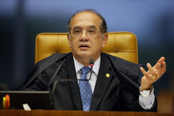 Lava Jato pede suspeição de Gilmar Mendes