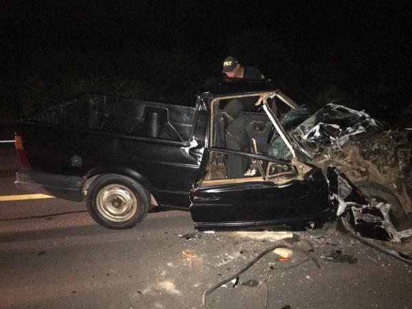 BR 135: Grave acidente mata idosa de 71 anos e deixa dois feridos
