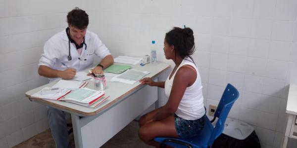 Profissionais do 'Mais Médicos' já estão atuando em Barreiras do Piauí