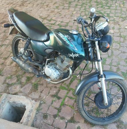 Moto roubada em Monte Alegre é recuperada pela PM de Corrente