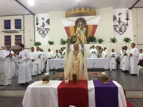 Celebrada missa do Crisma e da Unidade Diocesana em Bom Jesus-PI