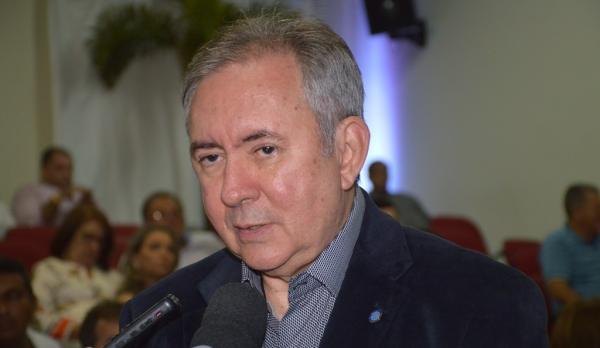 João Henrique cai da presidência do Sebrae