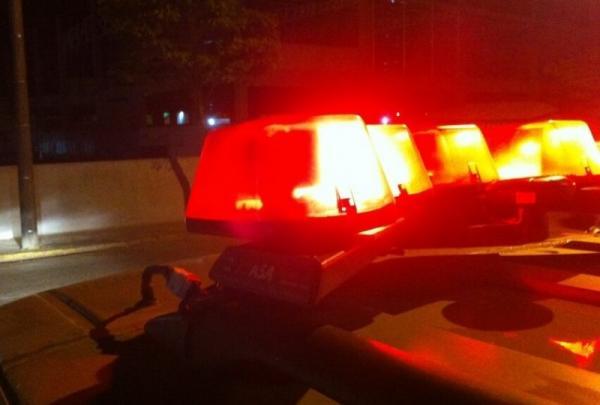 Homem morre esfaqueado e menor é baleado em Parnaguá