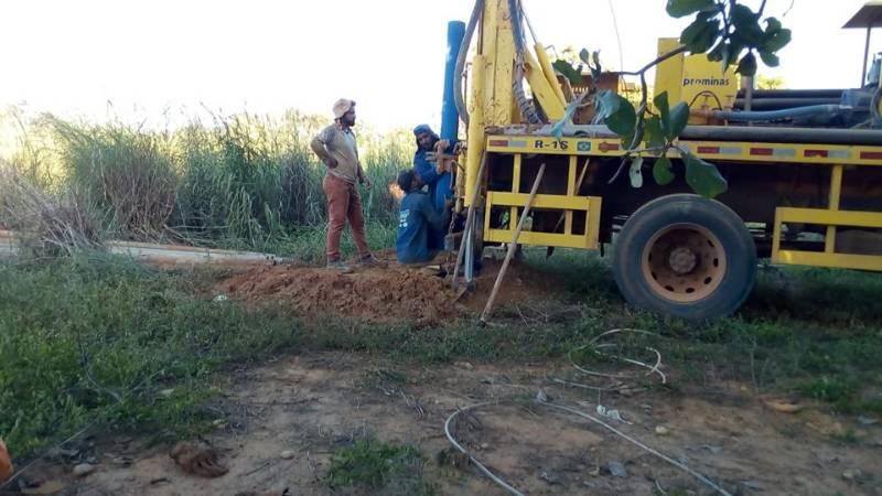 Comunidades Volta e Taperinha são contempladas com poços tubulares