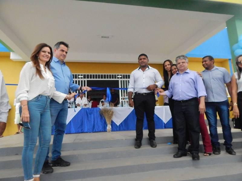 Prefeitura de Cristino Castro reinaugura Unidade Mista de Saúde